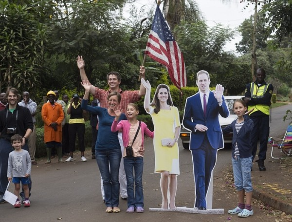 Obama-in-Kenya-00000-BellaNaija-600x456