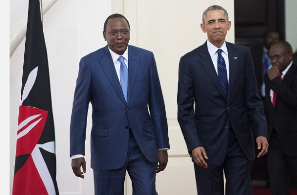 Obama-in-Kenya-5.5-BellaNaija-600x395