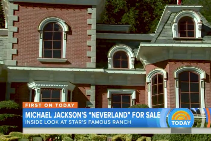 Michael-Jacksons-former-Neverland-ranch-which-is-for-sale-at-$100-]