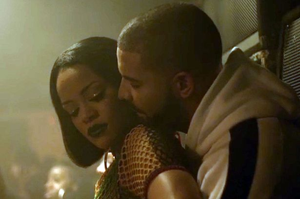 Rihanna-twerks-her-ass-on-Drake-in-Work